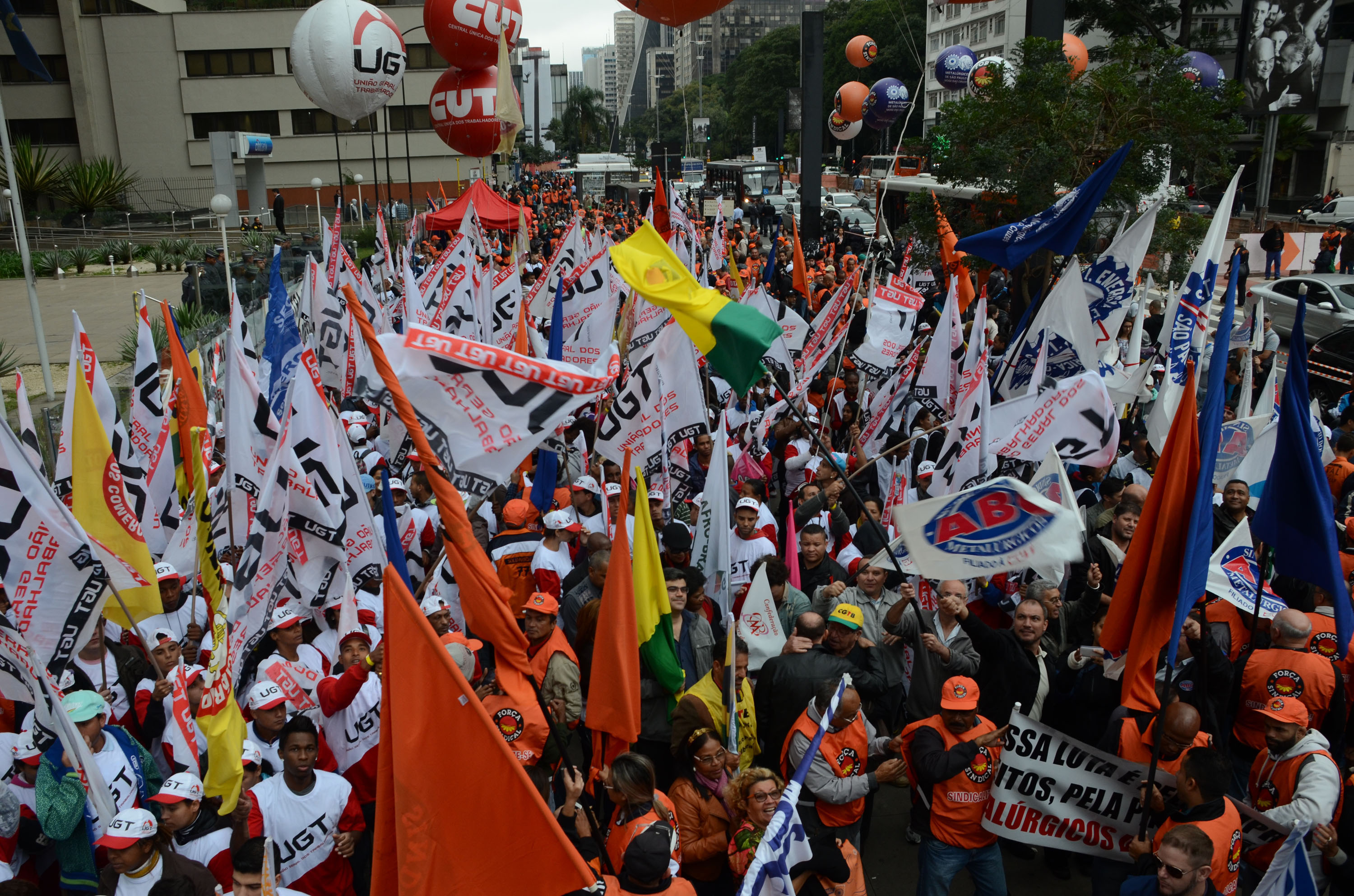 Protesters linked to trade unions held a protest on Paulista Avenue, west of Sao Paulo, southeastern Brazil, against unemployment and higher interest rates on June 2, 2015. According to the press office of the Military Police, 400 people participate in the demonstration. Photo: J. DURAN MACHFEE/ESTADAO CONTEUDO (Agencia Estado via AP Images)