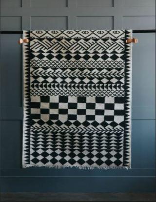 artisan-rose-and-grey-handmade-rug