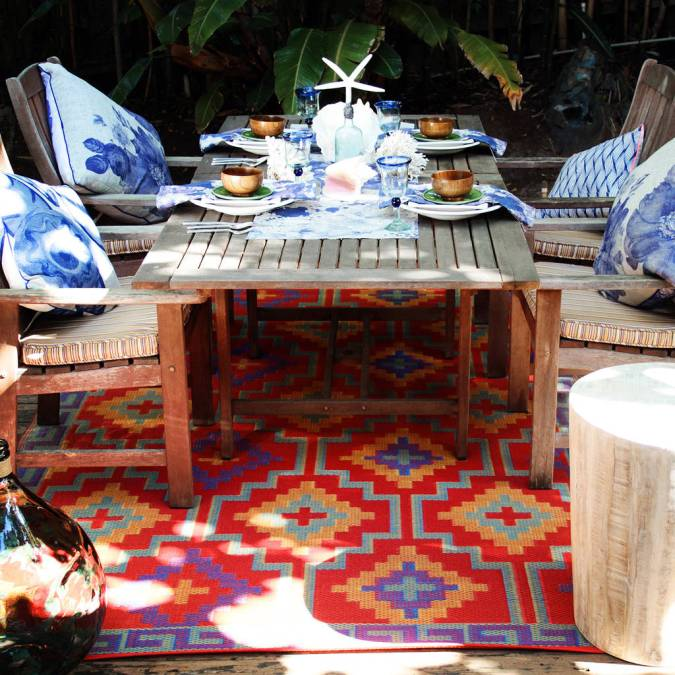 8 Outdoor Rugs To Spice Up Your Garden