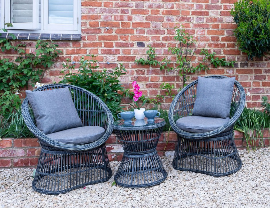 Affordable Garden Designs for Outdoor Living - Sue Ryder