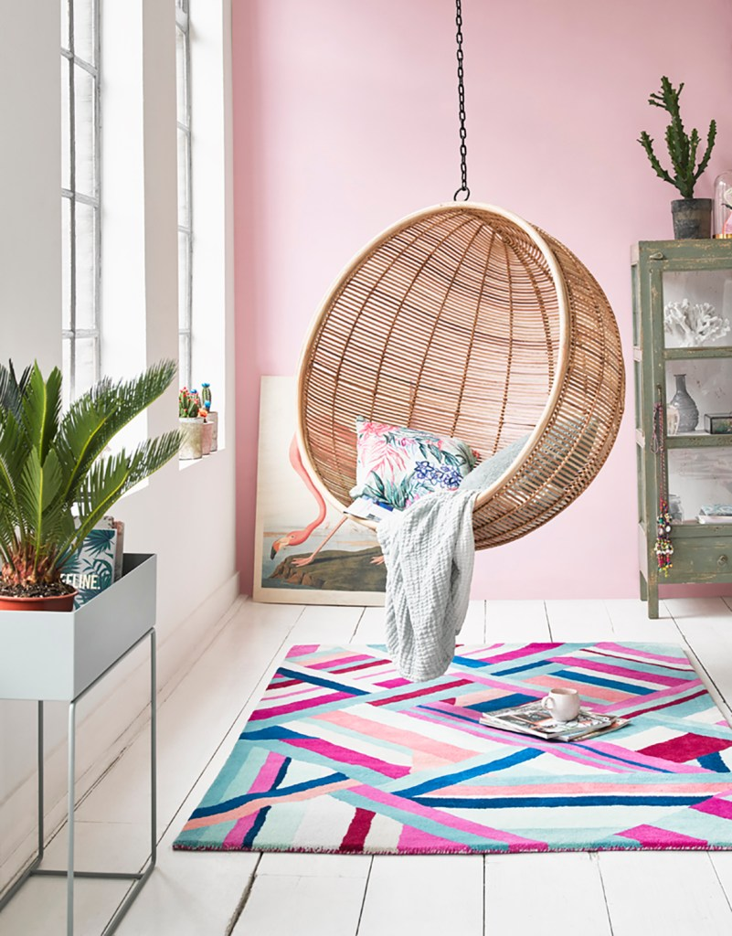 12 Essential Design Tips To Help Update Your Home | Add colour and pattern to your floors with decorative rugs like this Accessorize 017 rug from Modern Rugs.