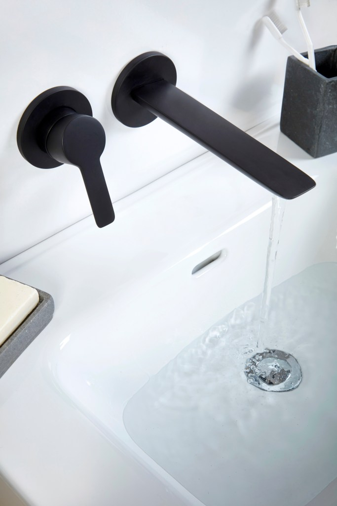 Black & White Bathrooms - The Ongoing Trend | The latest matte black taps for bathrooms are on trend this year.