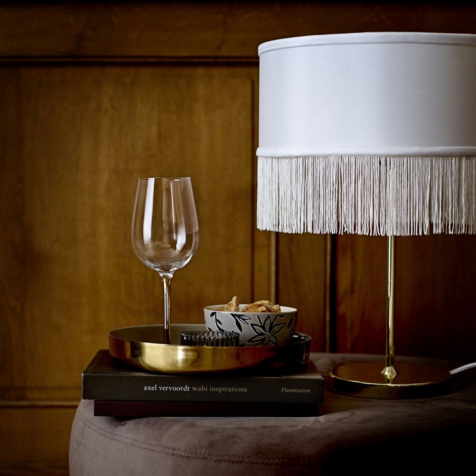 The Fringe Trend For Your Homes | Silk fringed elegant table lamp from Hurn and Turn adds an elegant feel to a room.