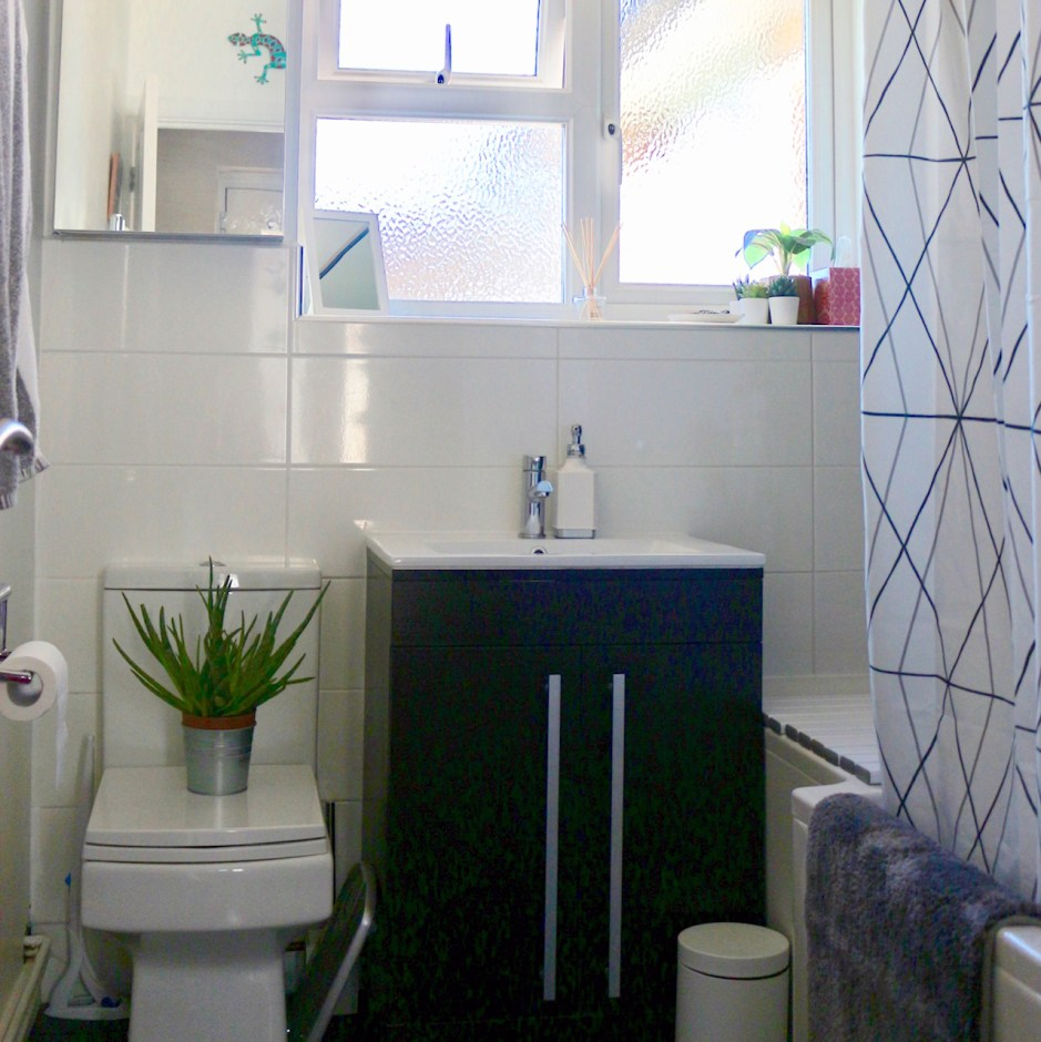Making Your Home Disabled Friendly - Wheel Chic Home Disabled friendly bathroom