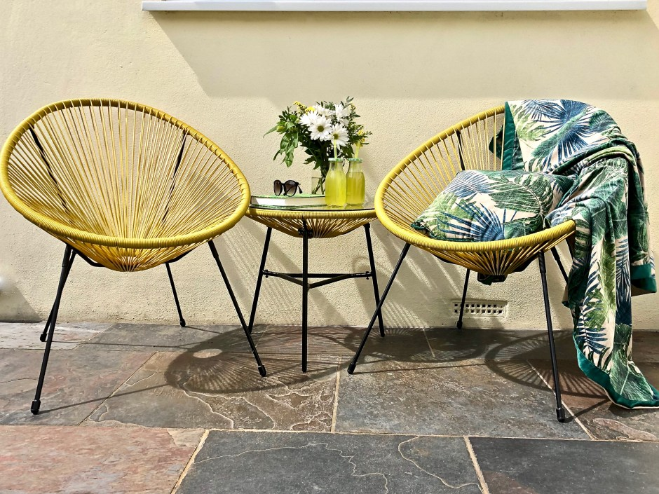 The Perfect String Garden Furniture Set For Summer Days - Sue Ryder| If you're looking to update your home/garden on a budget and or want to shop with a conscience, Sue Ryder's online shop may just be your new place to shop.