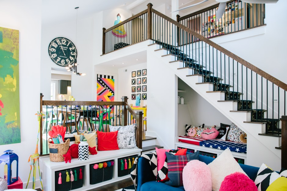 The Creative, Bold & Colourful Home of Paola Roder |