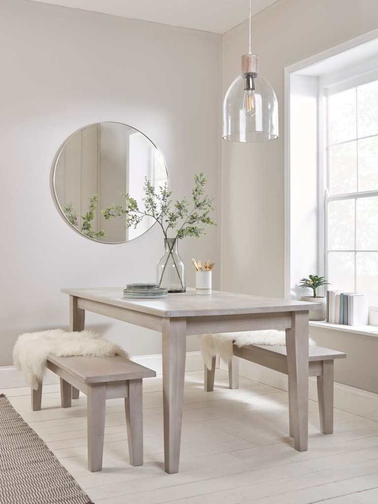 How To Choose The Perfect Dining Table For Your Home | Benches have grown in popularity and if you're concerned about how many guests you can seat, you might want to consider a bench or two. They allow a little more freedom when it comes to numbers.
