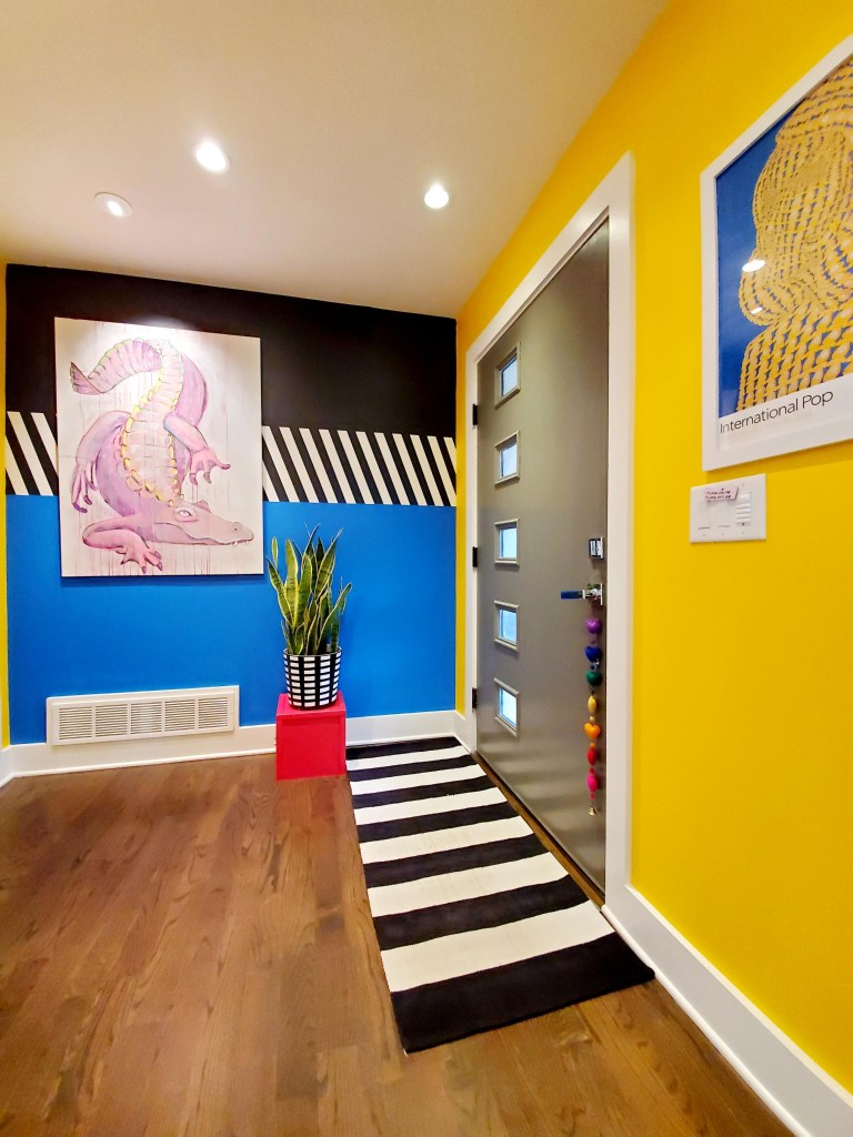 How To Use Paint Creatively In Your Home | Paola Roder's graphic style painted hallway
