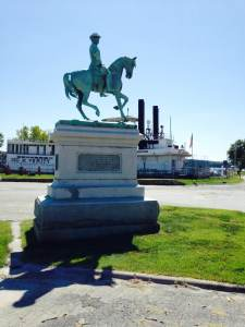 The statue of General Samuel Curtis. A union general and Keokuk citizen, was the commanding officer during the Civil War battle of Pea Ridge.