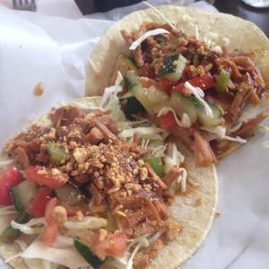 The Iowa Gallivant is forever searching for delicious tacos and Fresh Deli in Davenport, IA more than came through for us. Thai tacos with pulled pork, crisp cabbage, fresh diced cucumber and tomatoes, soft corn tortillas and topped with chopped peanuts. Damn, these were tasty! https://twitter.com/NostalgiaFarms