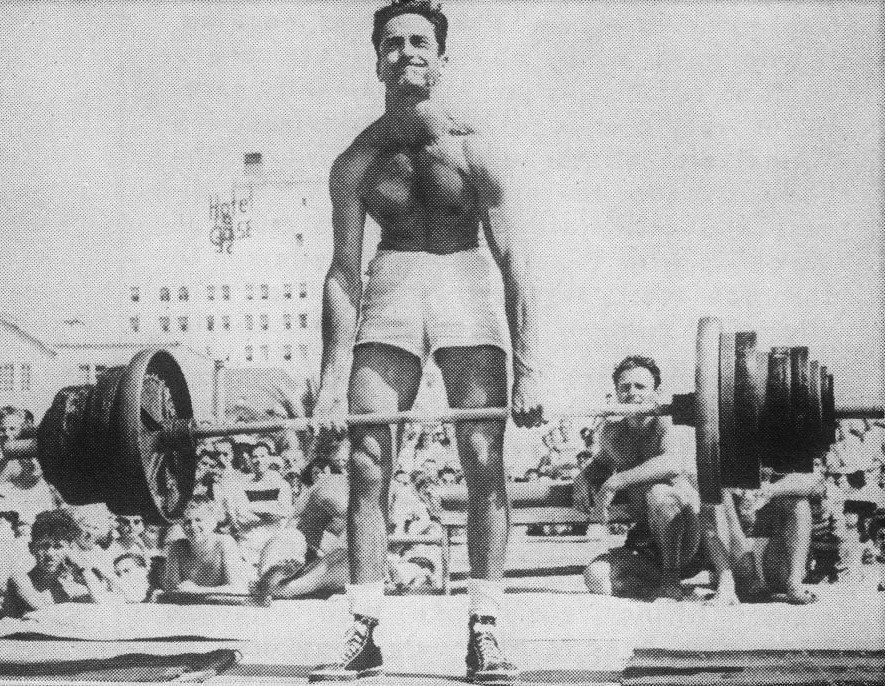 [Image: art-neiss-muscle-beach-deadlift.jpg]