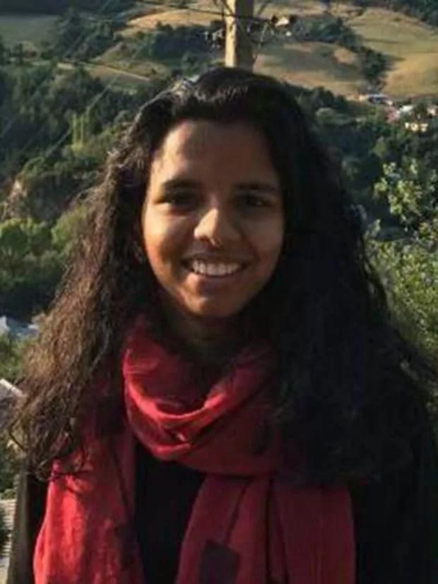 Ansi Karippakulam Alibava, 25