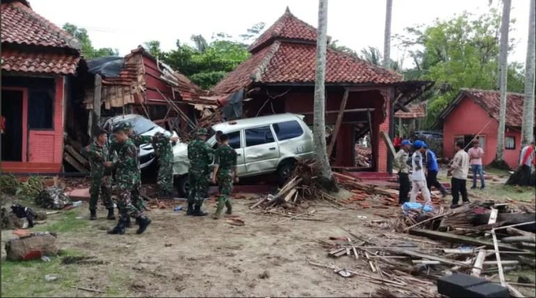 tsunami hit the islands of Java and Sumatra