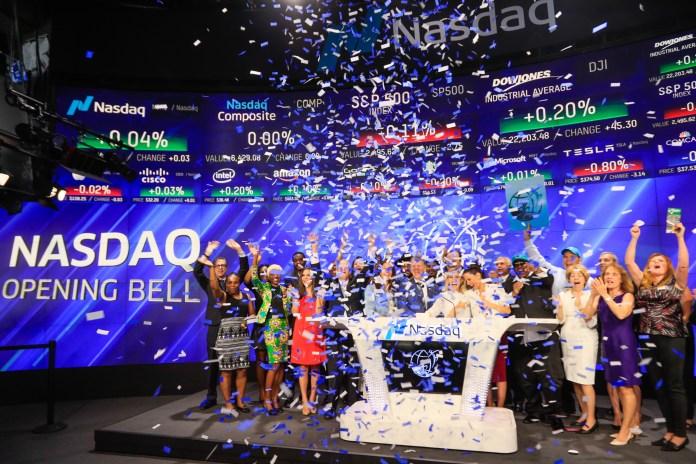 Image result for STOCK MARKET DESKS