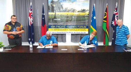 PM Hou signs milestone labour mobility deal