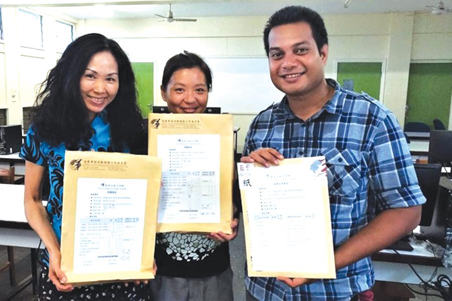 First proficiency Mandarin test in Sols