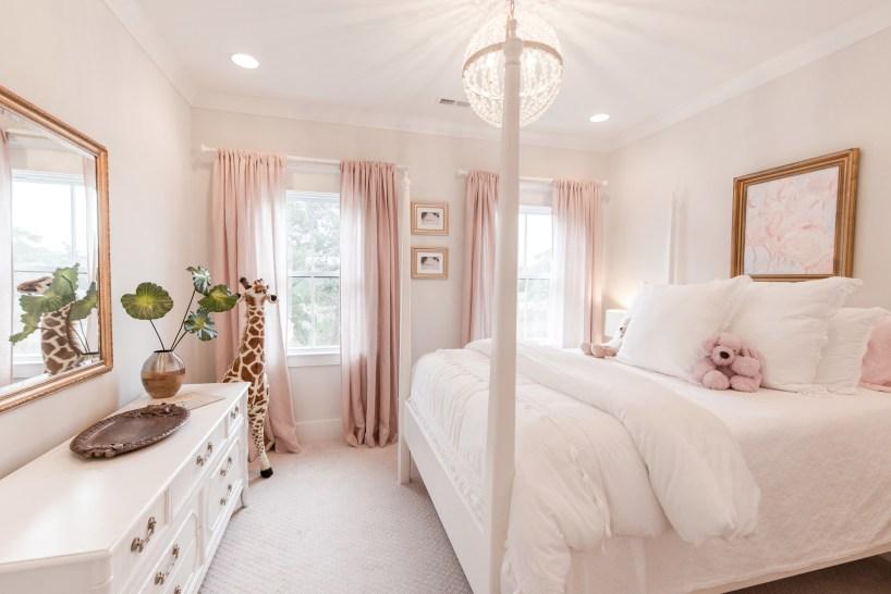 pink-white-gold-girl-bedroom