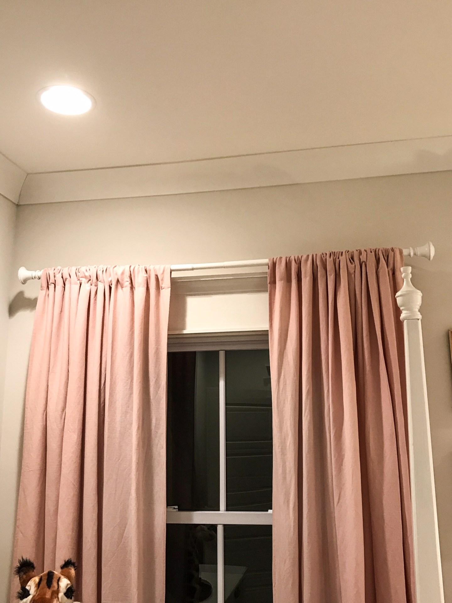 pink-linen-window-treament