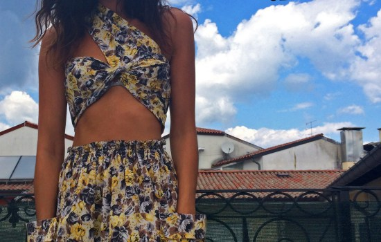 DIY: HOW TO RE-USE AN OLD LONG SKIRT