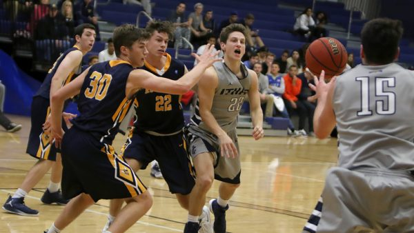 Ithaca College men's basketball team squanders season ...