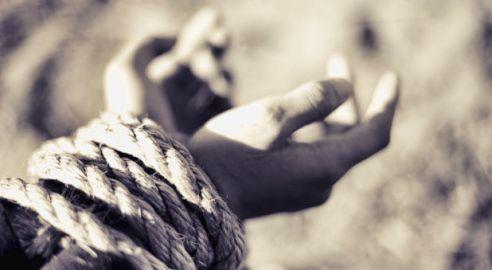 prayer-bound-rope-grayscale-creationswap