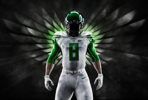2014-Oregon-Ducks-Nike-Mach-Speed-Uniform-620x421