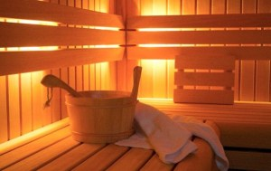 2601D39A00000578-2965365-Benefit_Regular_saunas_appear_to_protect_against_early_deaths_fr-a-9_1424706367950