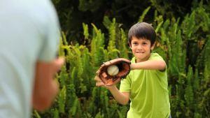 baseball-glove-baseball-ball-teaching-practicing