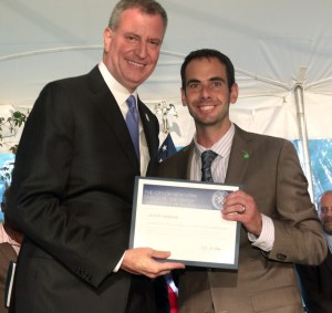 Mayor Bill de Blasio hosts a Fatherhood Initiative BBQ at Gracie Mansion