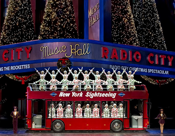 """The Rockettes in """"New York at Christmas"""" in the Radio City Chris"""