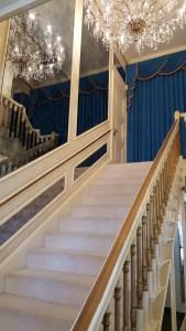 elvis-7-staircase