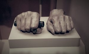 lincolns-hands