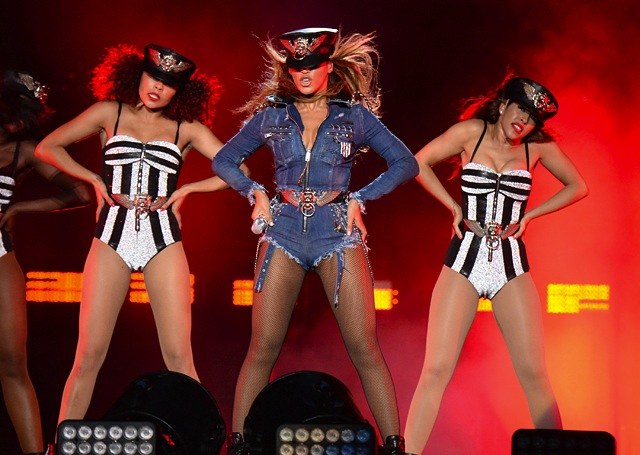 beyonce-custom-diesel-denim-jumpsuit-tour-6