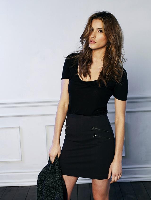 Paige-Denim_Edgemont-Skirt_Black