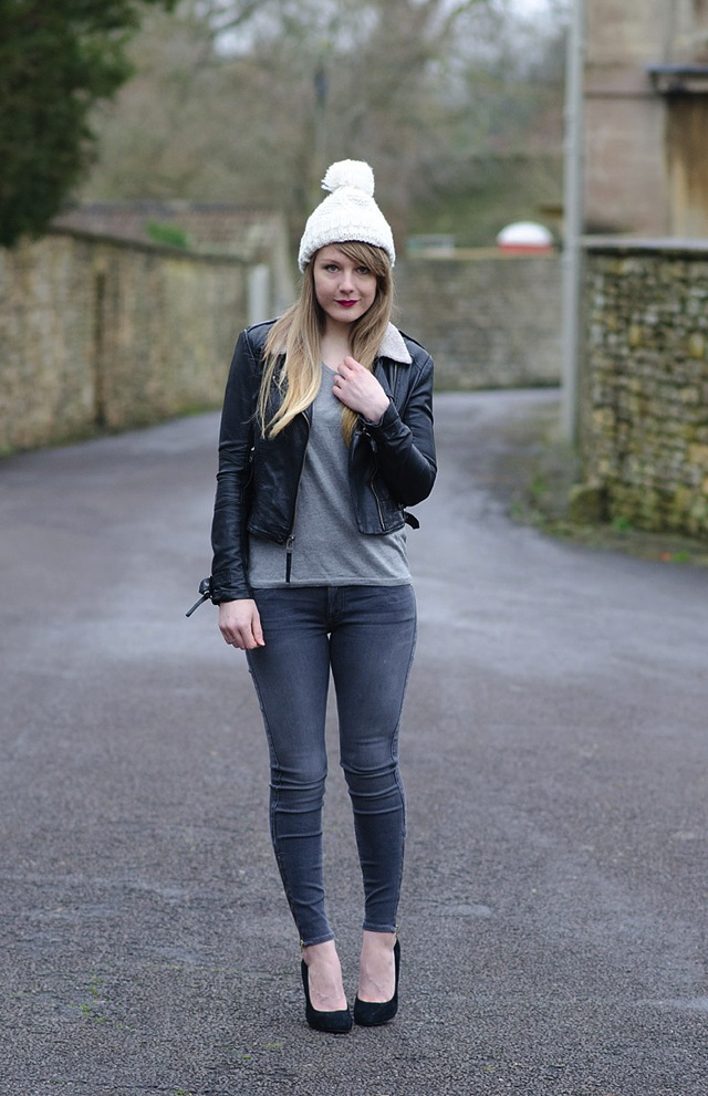 monochrome-jeans-outfit-autumn-fall
