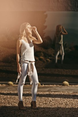 LINDSAY-TANK-in-Blanc-MYA-SHIRT-in-Muted-Clay-Grey-VERDUGO-ANKLE-with-RAW-HEM-in-Destressed-Optic-White-1