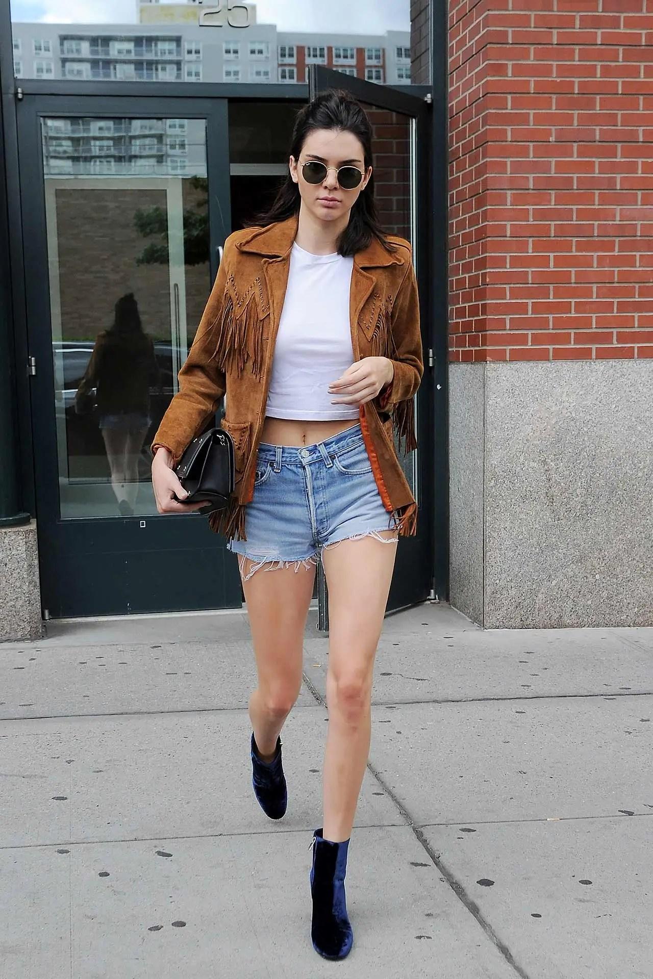 kendall-jenner-vintage-levis-denim-shorts