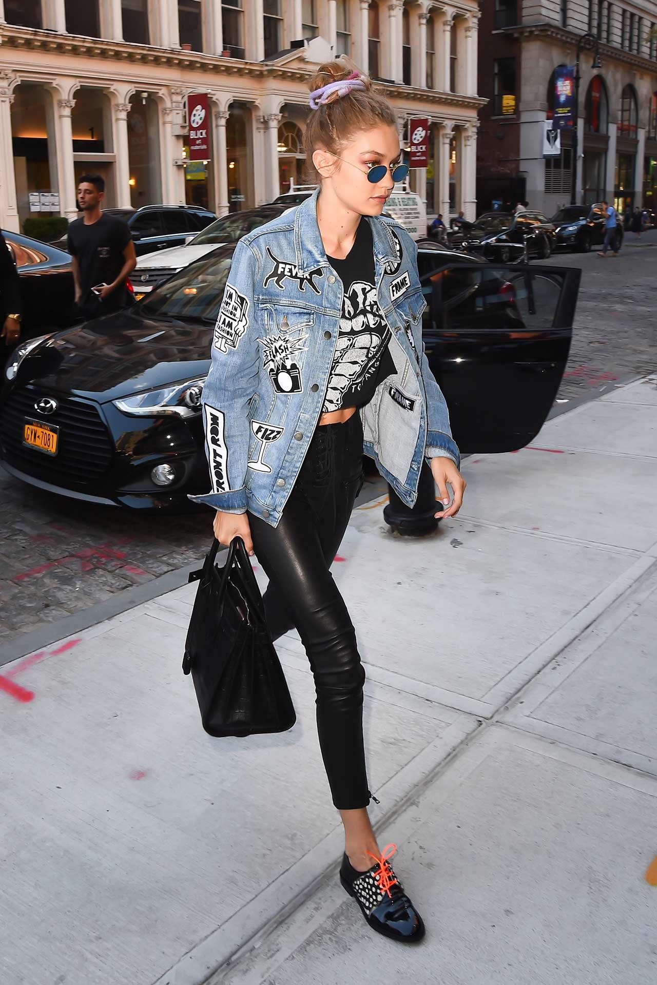 Gigi-Hadid-Wears-FRAME-Denim-Jacket-&-Unravel-Leather-Pants-2