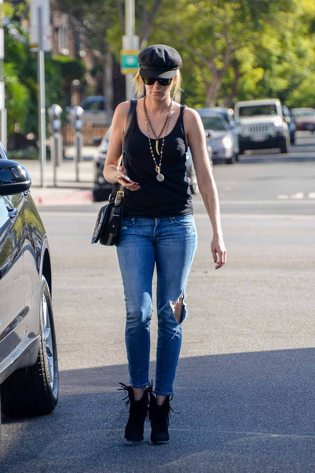 kimberly-stewart-mother-jeans-2