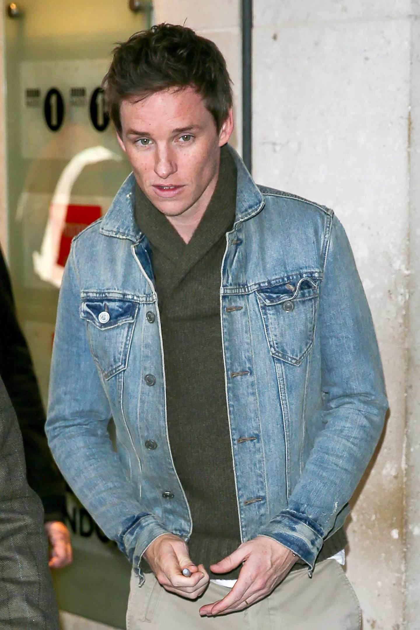 eddie-redmayne-denim-jacket-2