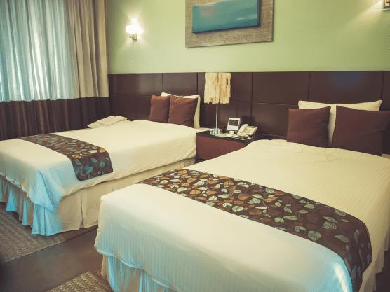 El Masfino Hotel and Resort - http;//thejerny.com