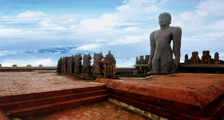 Top Things to Do and Places to Visit In Karnataka - Shravanabelagola - http://thejerny.com