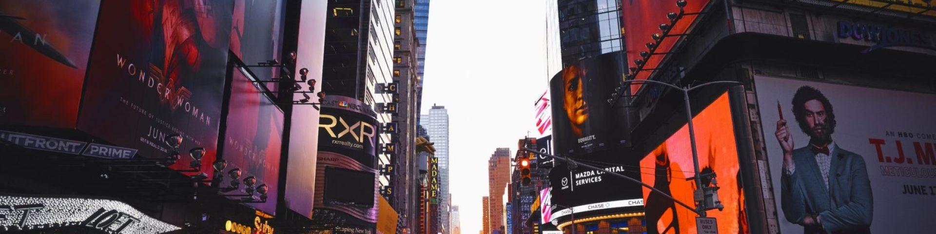 Avoiding Tourist Traps: Travel NYC Like a Local - http://thejerny.com