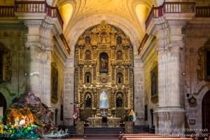 Inside Iglesia de la Compania de Jesus
