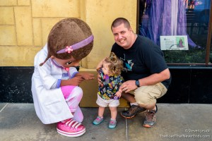 Harper and Ryan meet Doc McStuffins