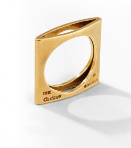 Yellow gold square ring