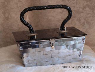 Fabulous Dorset Rex 5th Ave Vintage Lucite & Woven Metal Box Purse
