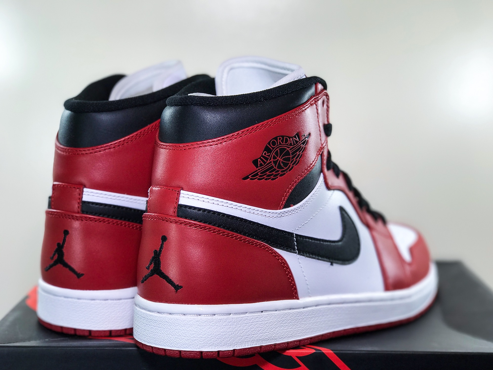new product 01d04 3a399 Air Jordan Retro 1