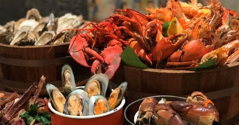 """""""เซิร์ฟ แอนด์ เทิร์ฟ ซันเดย์ บรันช์ แอท สุรวงศ์"""" ณ พระยา คิทเช่น อร่อยสุดคุ้มกับอาหารทะเลและเนื้อระดับพรีเมี่ยม"""