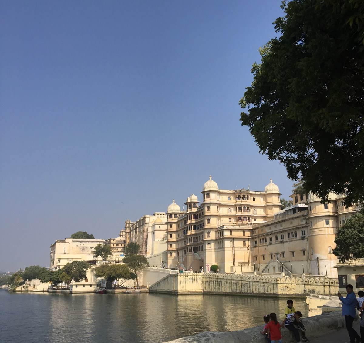The gorgeous waterfront of Udaipur